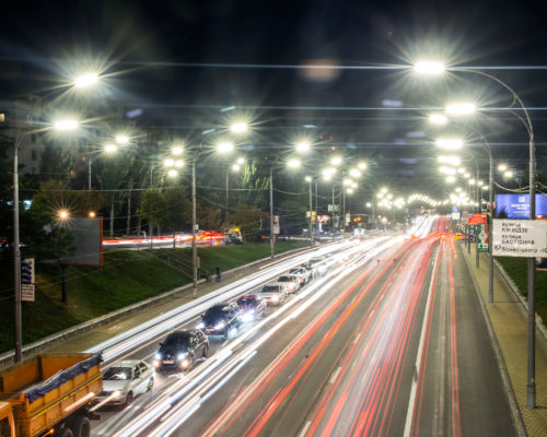На яких вулицях Києва чекати на нове освітлення