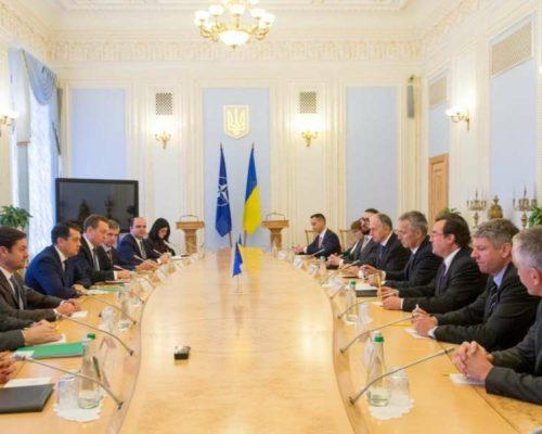 Євроатлантичні прагнення України залишаються незмінними, – Дмитро Разумков.
