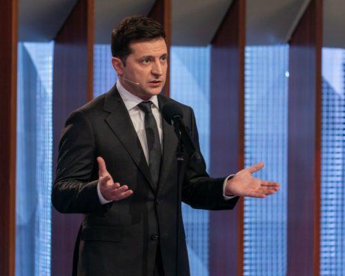 Володимир Зеленський підписав закон про оренду державного та комунального майна.