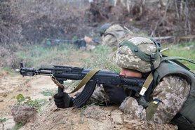 Ворог за добу сім разів обстріляв позиції ОС на Донбасі – штаб.