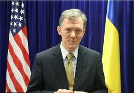 Вибори на Донбасі можливі лише після припинення війни і виведення Росією своїх військ, – представник Держдепу США .