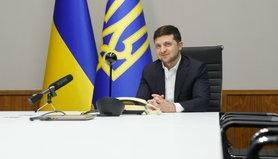 Посольство США привітало президента Володимира Зеленського з першою річницею перебування при владі.