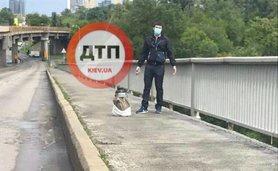 У чоловіка, який погрожував підірвати міст Метро в Києві і якого затримали правоохоронці, не було вибухового пристрою.