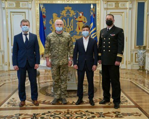 Зеленський призначив командувачем ВМС України контрадмірала Неїжпапу замість Воронченка.