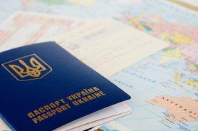 МЗС не заважатиме українцям їхати за кордон на відпочинок, – Кулеба.