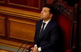 Перед президентом України Володимиром Зеленським, можливо, постане вибір – переформатування коаліції в парламенті чи розпуск Ради.