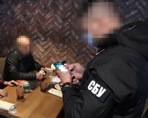 СБУ викрила ректора столичного вишу на організації схеми нелегального переправлення іноземців до ЄС.