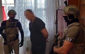 """Машину журналістки """"Радіо Свобода"""" підпалив поліцейський на замовлення контрабандиста, – СБУ."""