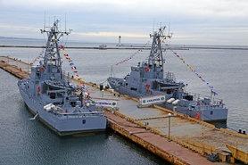 """Для ВМС України будуть побудовані нові бази в Очакові, Бердянську та порту """"Південний""""."""