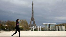 Із 3 квітня на всі регіони Франції поширюються карантинні заходи, що діяли до цього лише в 19 департаментах.