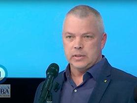 Україні слід зміцнювати обороноздатність і розраховувати тільки на власні сили.