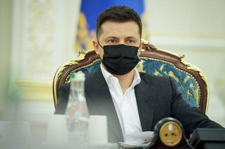Зеленський доручив Данілову організувати завтра засідання РНБО.